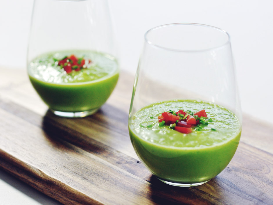 Groene gazpacho met komkommer en avocado