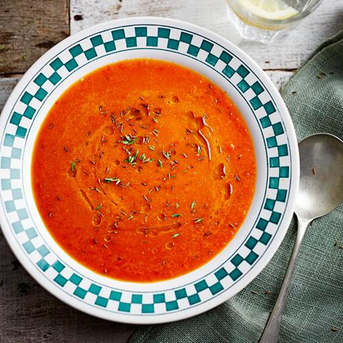 Rode paprikasoep met tijm van Jamie Oliver
