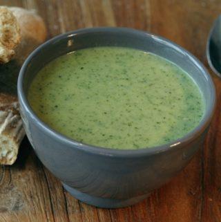 Vegan broccoli-courgettesoep