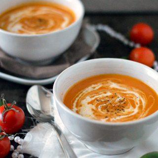 Romige tomatensoep met zongedroogde tomaat